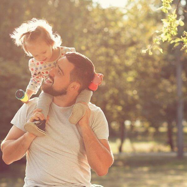 290920 Vaderschap liggend